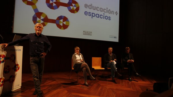Educación + espacios