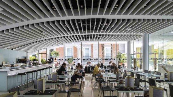 Interior cafetería (1)
